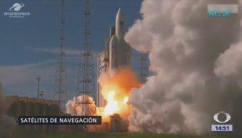 Lanzan Espacio Cohete Ariane Cuatro Satélites
