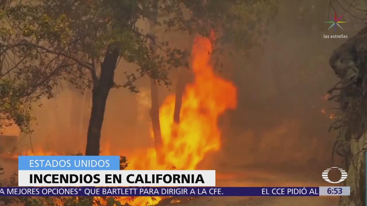 Más de 20 incendios forestales en California están fuera de control