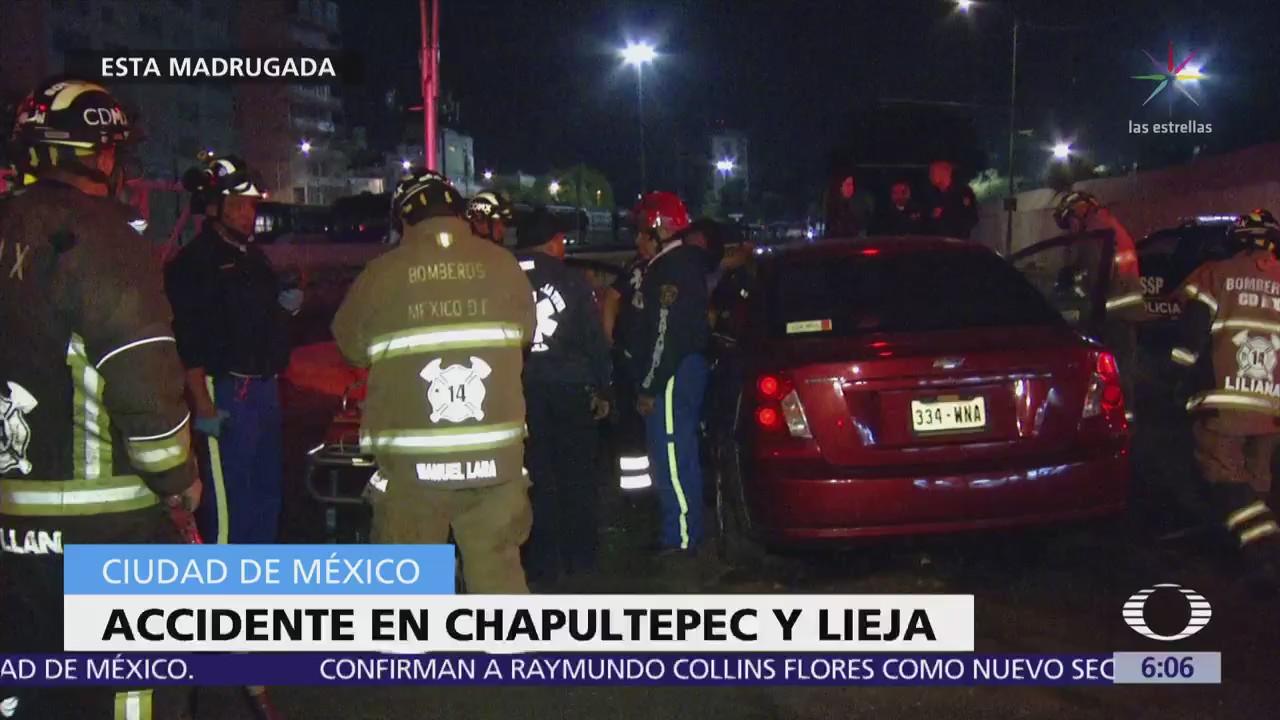 Mujeres chocan contra banqueta en avenida Chapultepec, CDMX