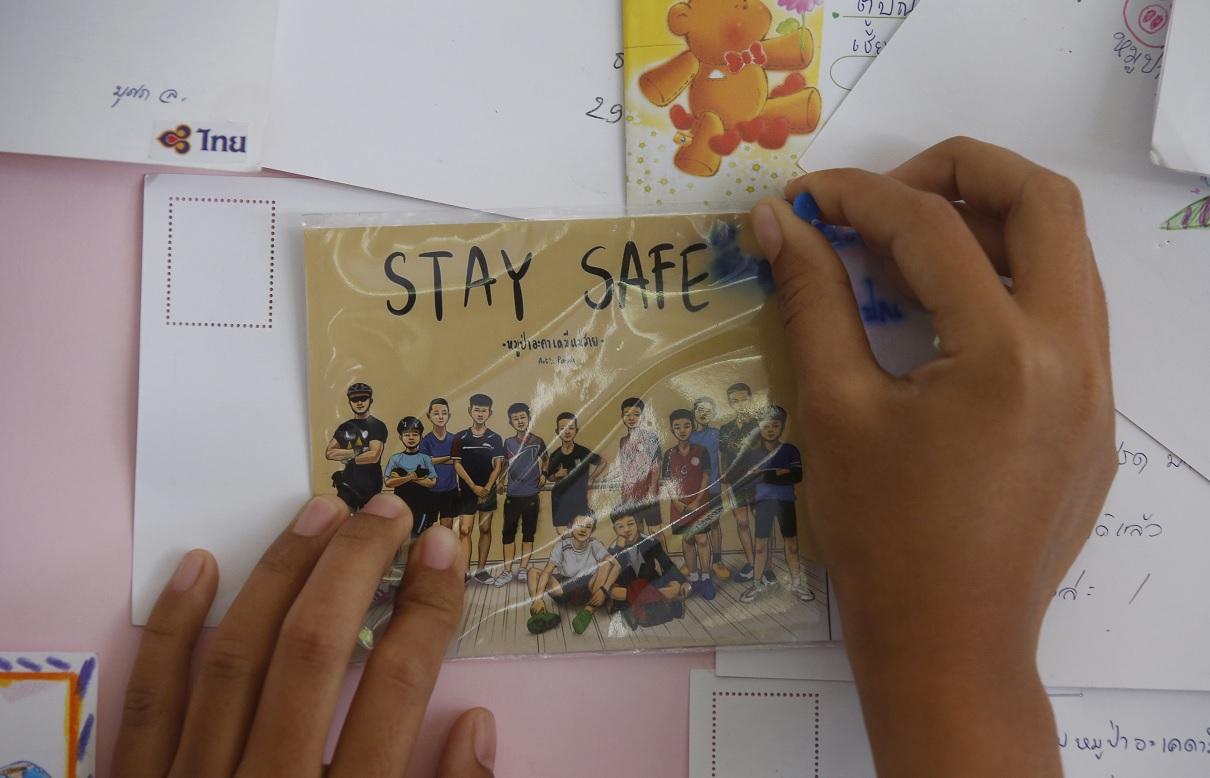 Crónica desaparición y rescate niños y entrenador Tailandia