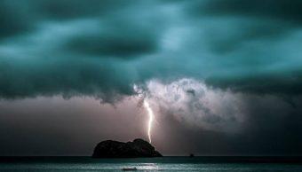 SMN prevé tormentas, descargas eléctricas y granizadas en 11 entidades de México