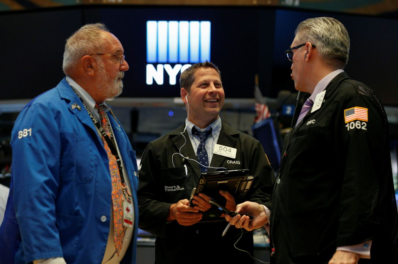 Tras reportes trimestrales, Wall Street revierte pérdidas