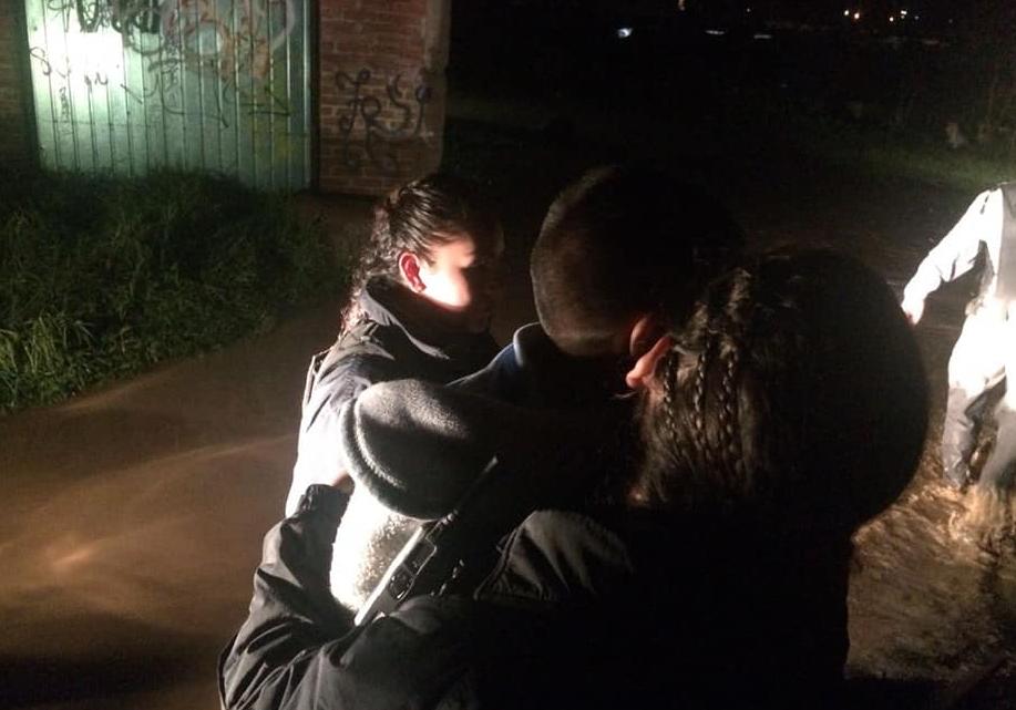 Trasladan a albergues a familias afectadas por la tromba registrada en Morelia