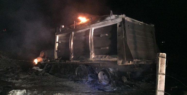 Huachicoleros se enfrentan en Jalisco; hay 2 muertos