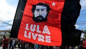 Lula lanza candidatura para la Presidencia de Brasil