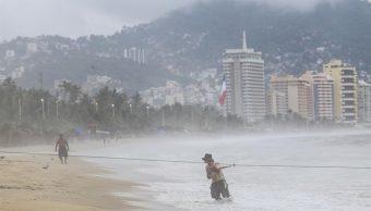'Ileana' y 'John' provocarán lluvias intensas en México