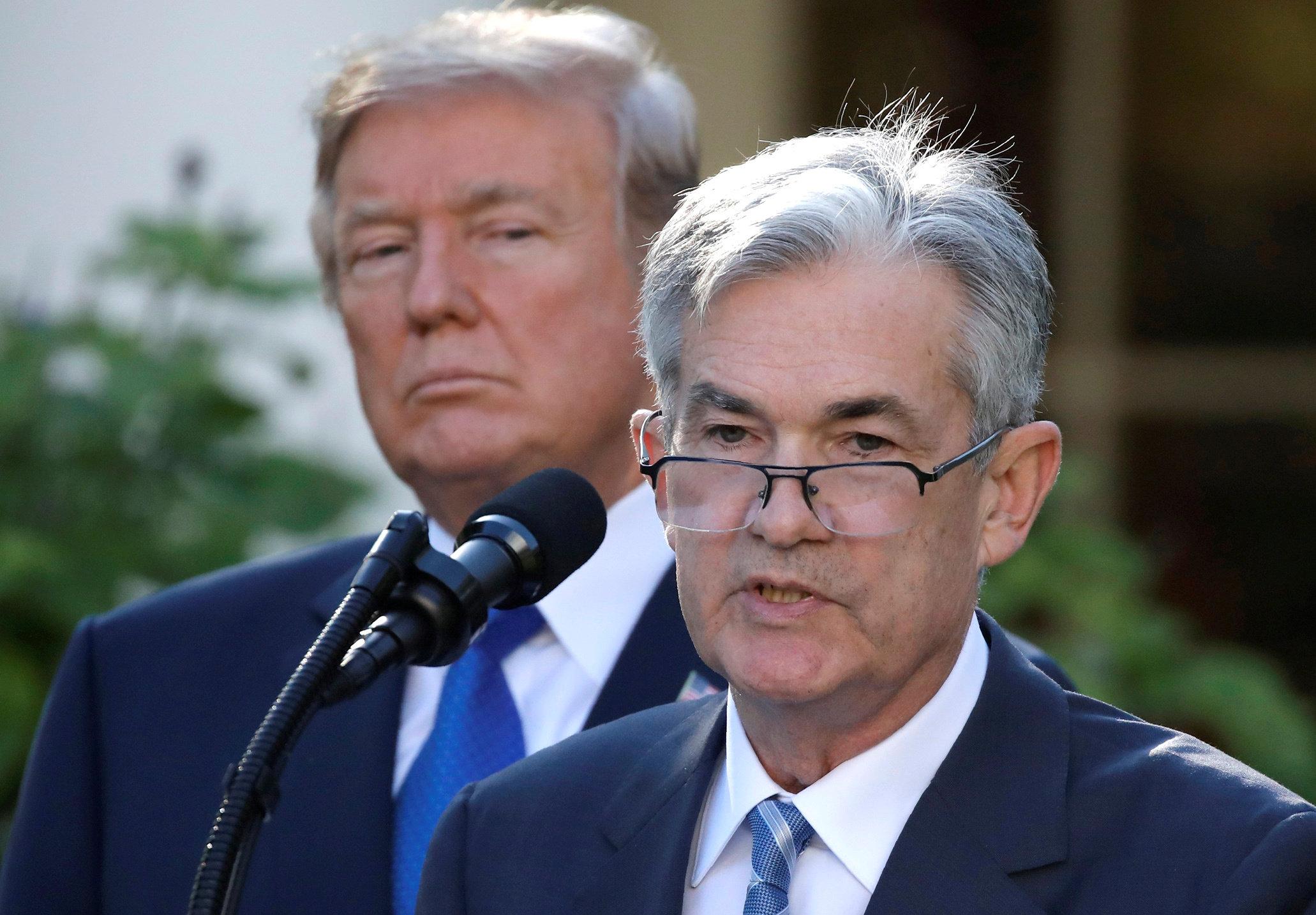 Alzas de tasas protegen economía de EU: Powell de Fed