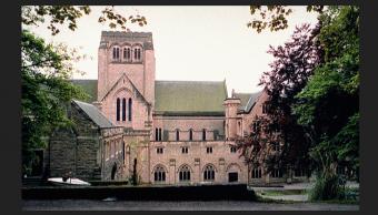 Abusos en escuelas católicas británicas fueron ocultados