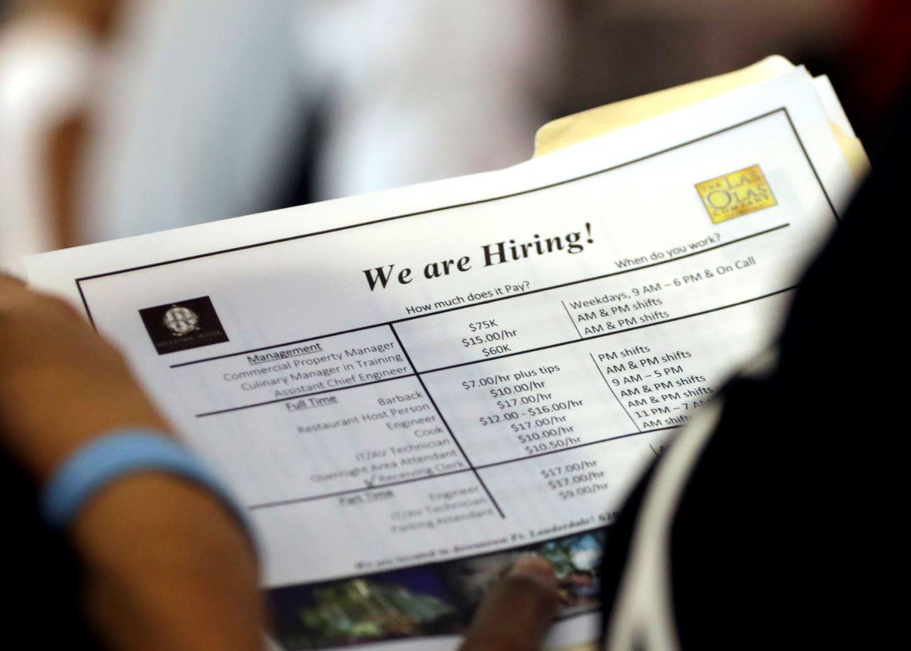 Fed evaluará lento crecimiento de salarios en simposio