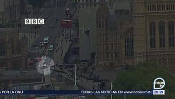 Investiga como atentado terrorista atropellamiento en Londres