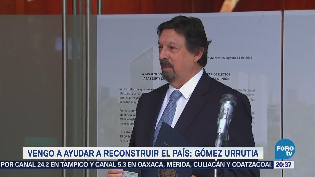 Napoleón Gómez Urrutia se registra como senador