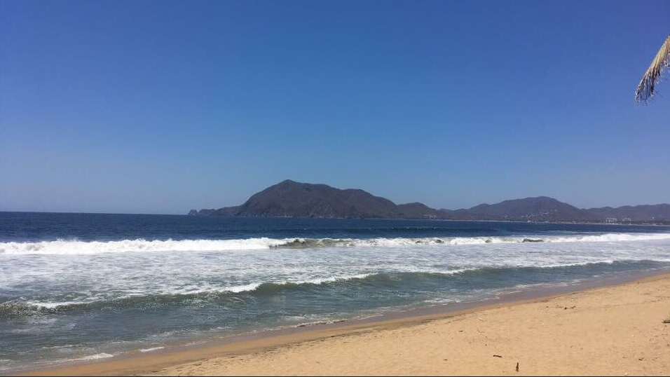 Mar de fondo en Colima podría disminuir para fin de semana