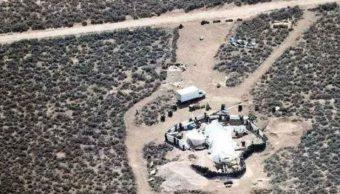 Rescatan 11 niños maltratados campamento Nuevo México