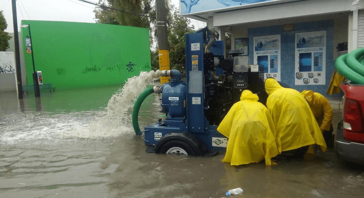 10.- Tormenta deja inundaciones en Chihuahua y Torreón