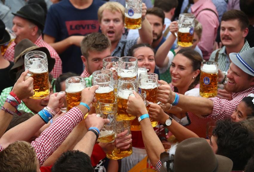 Oktoberfest 185 inicia en Munich, Alemania