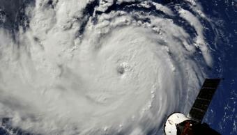 Huracán Florence alcanza categoría cuatro en el Atlántico