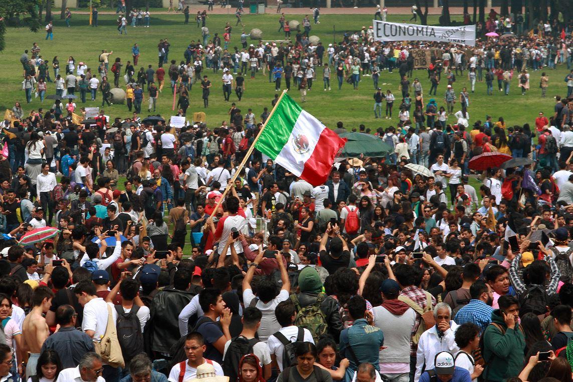 UNAM: Salvan riñón de Joel Sebastián Meza García