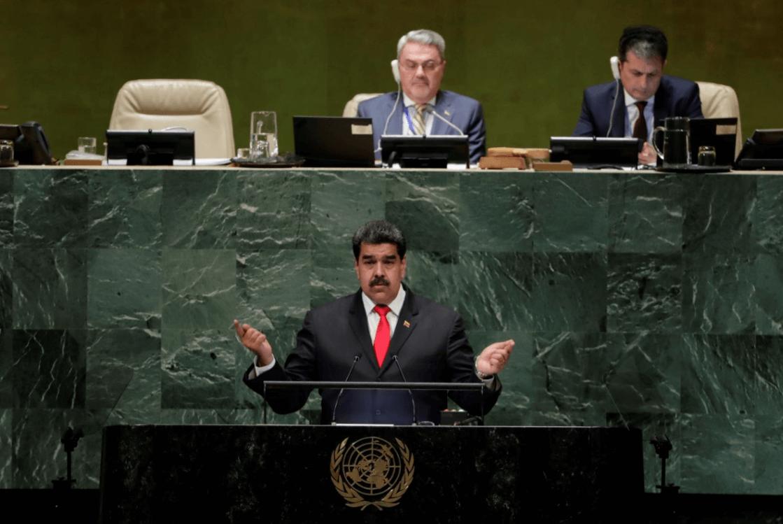 Venezuela está de pie, muy fuerte, dice Maduro ante la ONU