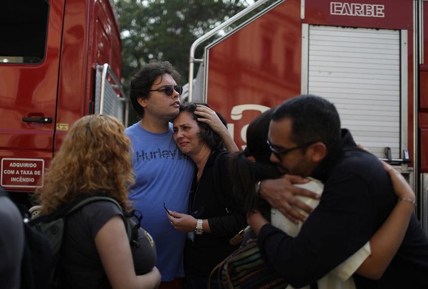 Sofocan incendio que destruyó el Museo Nacional de Brasil