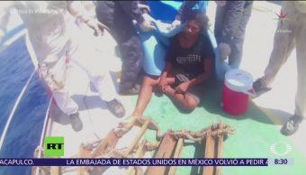 Rescatan a joven tras 49 días a la deriva en Océano Pacífico
