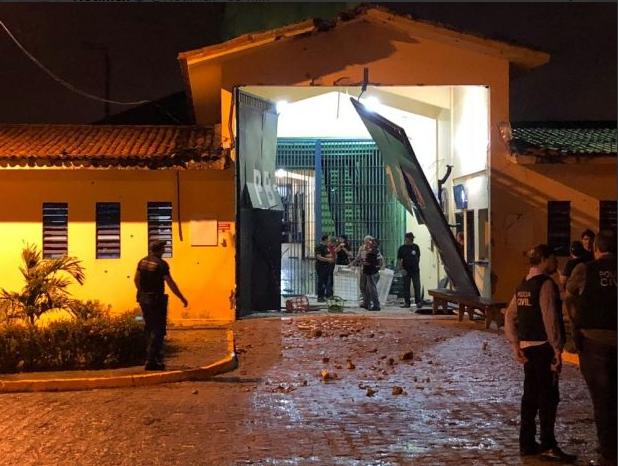 Centenar de presos escapa de cárcel en Brasil