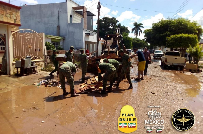 Lluvias en Sinaloa; realzan censos en comunidades rurales