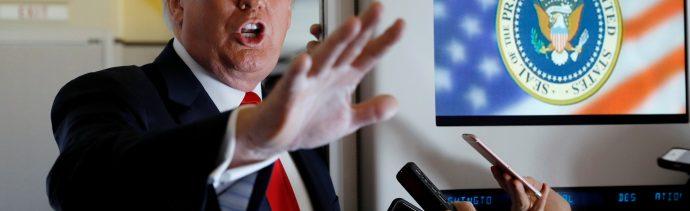 Trump amenaza a China con aranceles, negocia con Japón