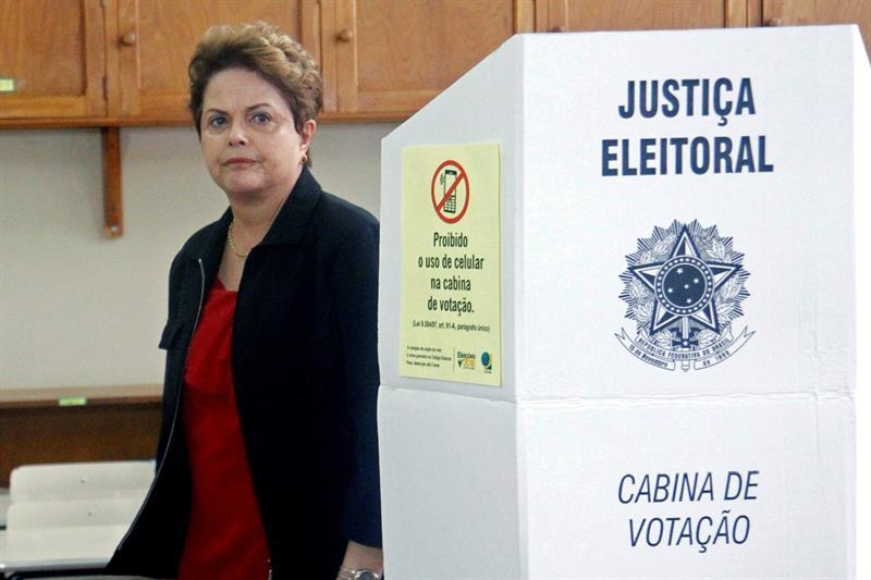 Expresidenta Dilma Rousseff pierde elección para Senado brasileño