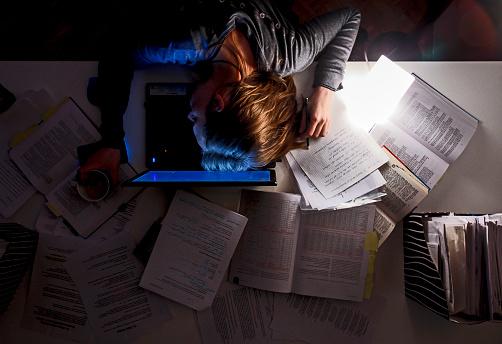 ¿Por qué dormir debería ser prioridad de los estudiantes?