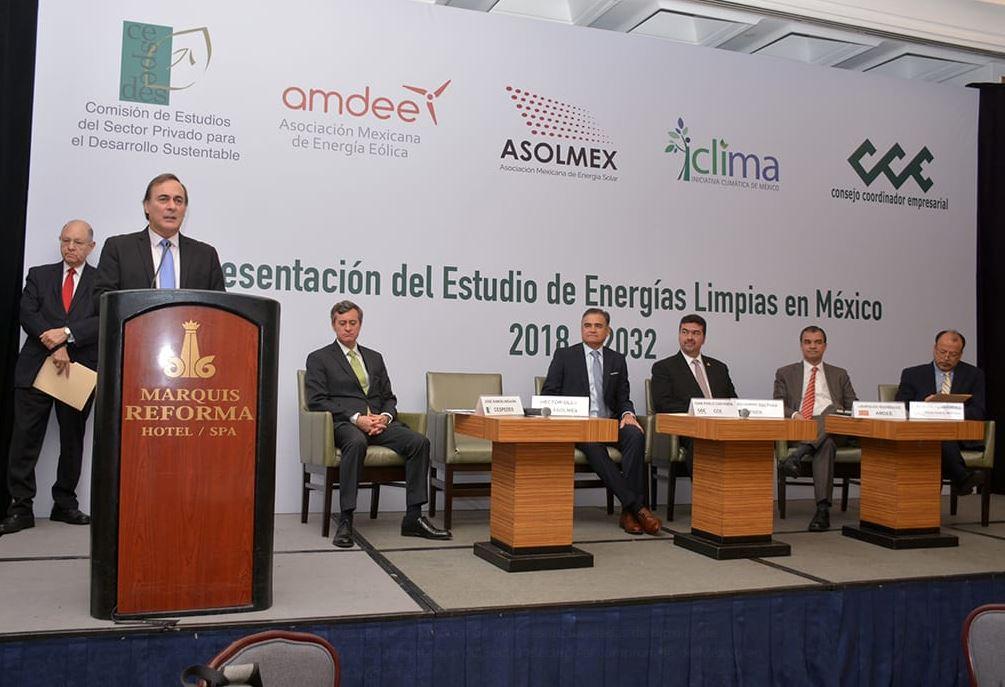 CCE pide a AMLO apoyo para producción de energías limpias