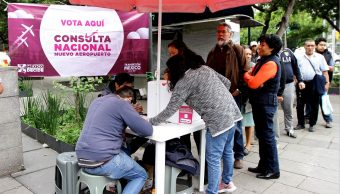 Cierran centros de votación de consulta sobre Nuevo Aeropuerto de México
