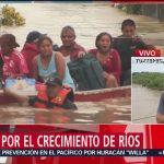 En Oaxaca, laEn Oaxaca, 12 muertos por Vicentes lluvias que ha traído el fenómeno meteorológico Vicente han dejado 12 personas muertas; Protección Civil alerta por crecidas de los ríos