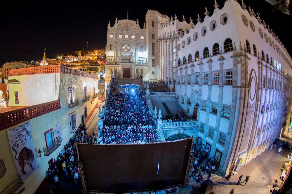 Espectáculos inolvidables en la historia del Festival Cervantino