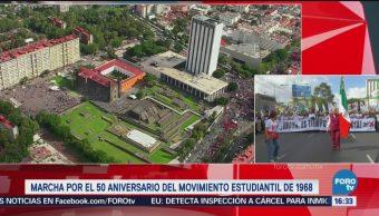 Inicia la marcha para conmemorar los 50 años de la matanza de Tlatelolco