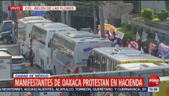 Manifestants de Oaxaca protestan frente a SHCP