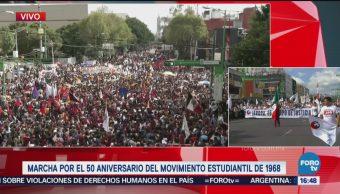 Marcha por el movimiento estudiantil de 68 avanza por Eje Central
