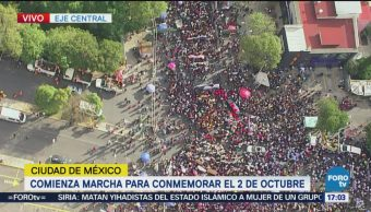 Marchan para conmemorar 50 años de la matanza de Tlatelolco
