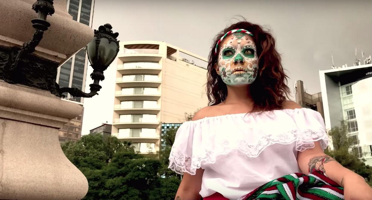 mega-procesion-catrinas-ciudad-mexico-octubre-dia-muertos