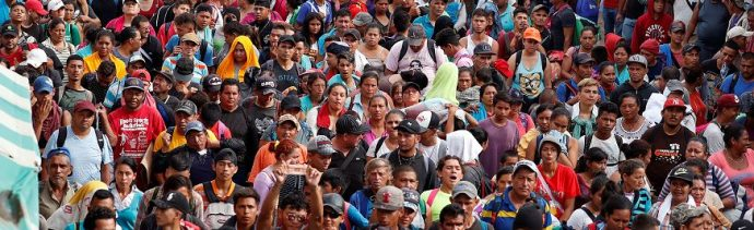 Caravana migrante rechaza propuesta de regularización de Peña Nieto