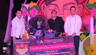 Niñas de Campeche participan concurso de catrinas
