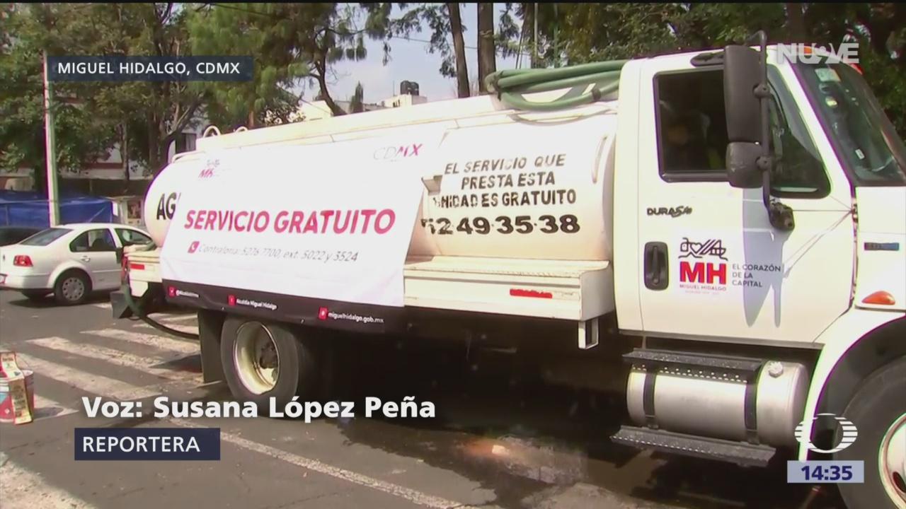 Pipas se abastecen en pozo de la alcaldía Miguel Hidalgo