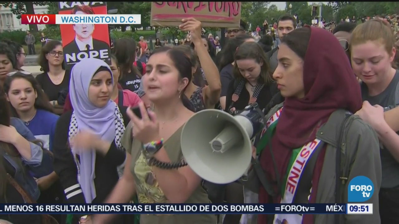 Protestas Washington Kavanaugh Manifestantes Protesta Brett Kavanaugh Suprema Corte De Estados Unidos