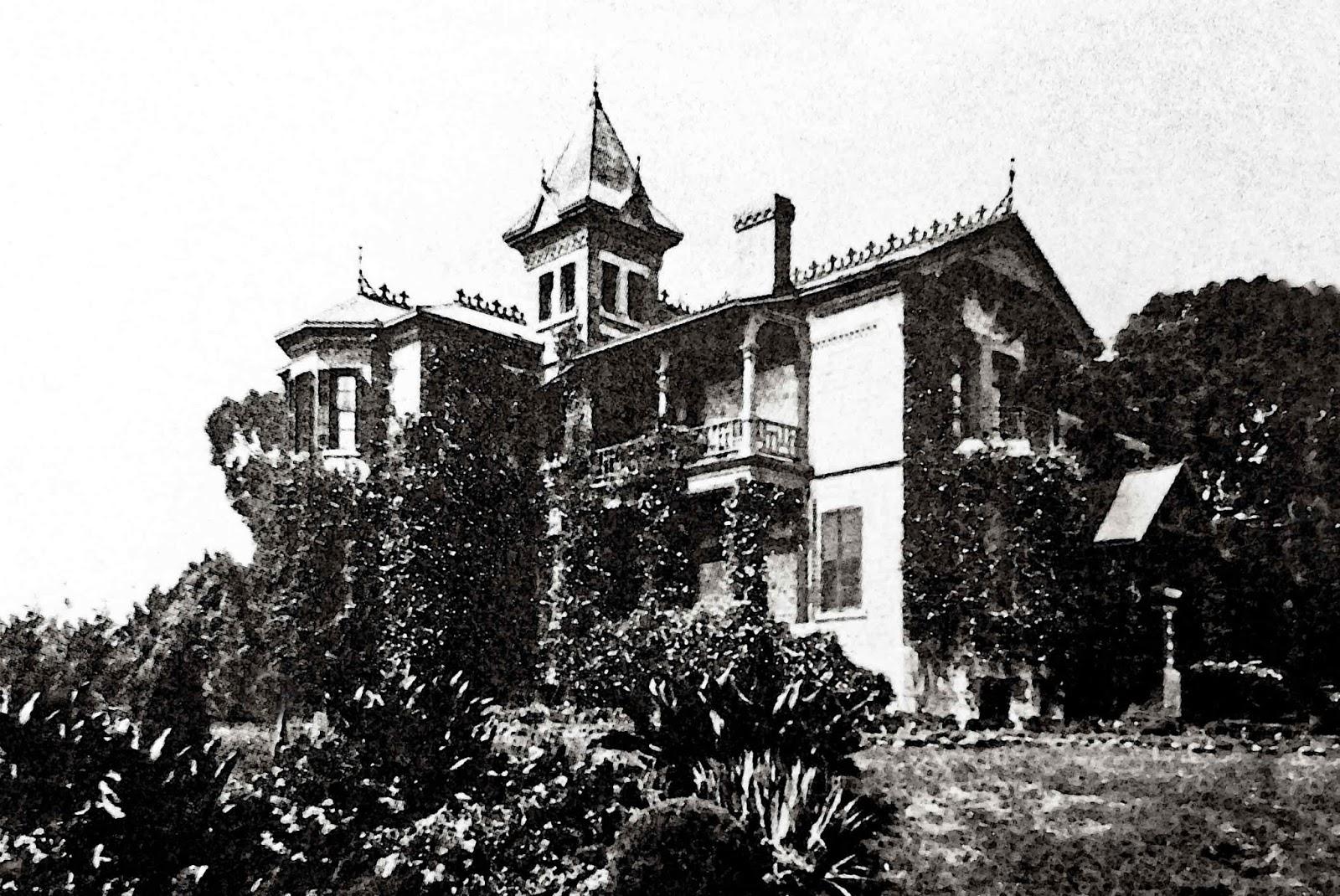 Casa Martínez del Río, ubicada en el Rancho 'La Hormiga', junto a los terrenos del Molino del Rey (Grandes Casas de México)