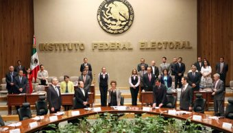 INE aprueba proyecto presupuestal con reducción de salarios