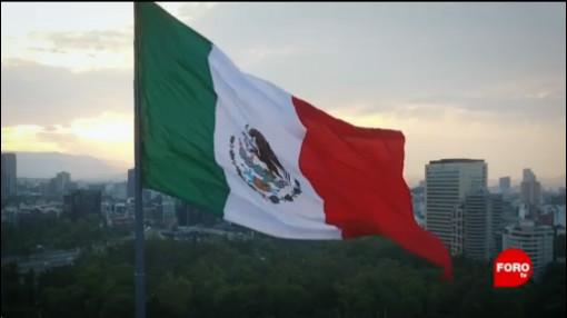 La Fabricación De Banderas De México Monumentales Los Elementos Del Ejército Banderas Monumentales