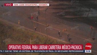 Jóvenes Arrojan Piedras Policía Federal Enfrentamiento