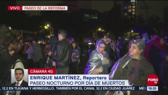 Lluvia Retrasa Paseo Nocturno Bicicleta Día De Muertos Ciudad de México Paseo de la Reforma