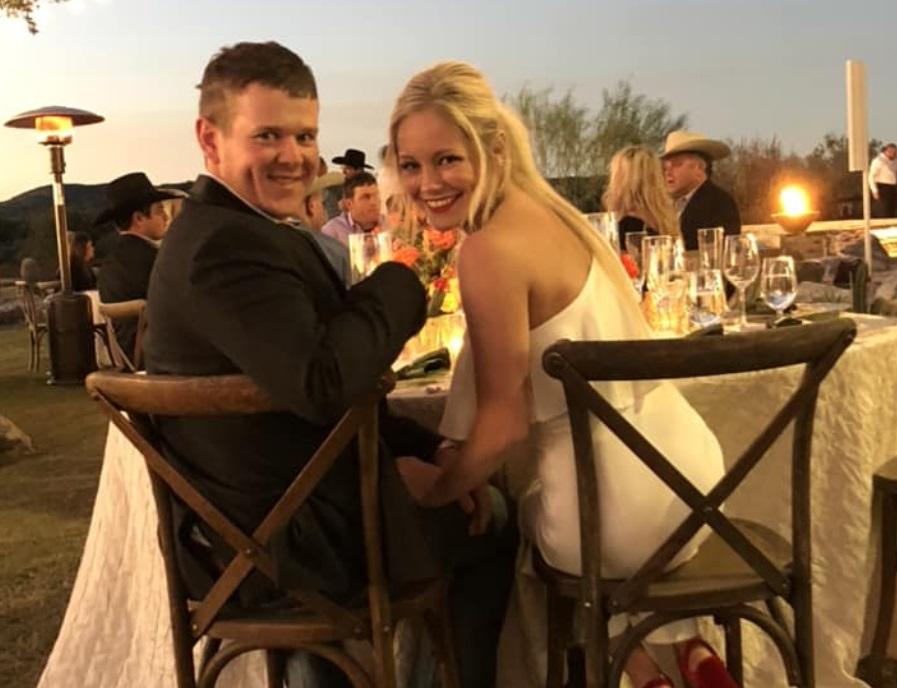 Muere pareja de recién casados al caer su helicóptero