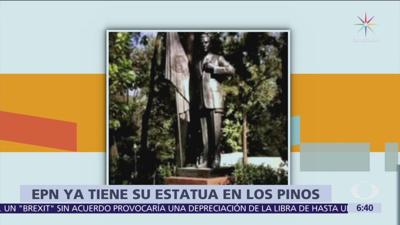 Peña Nieto tiene su estatua en Los Pinos