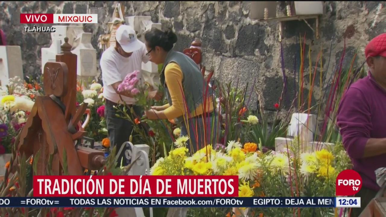 Repicar de campanas anuncia regreso de los muertos en Mixquic